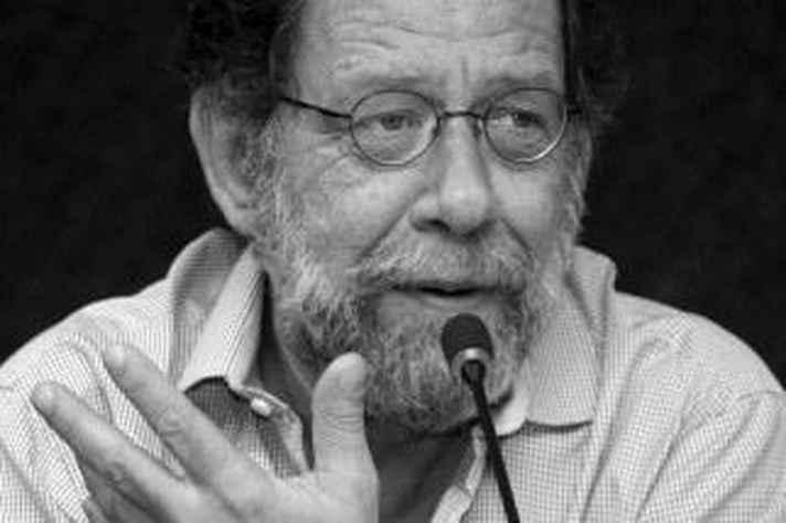 Eric Nepomuceno, reconhecido tradutor de literatura em língua espanhola, fará palestra nesta quarta-feira