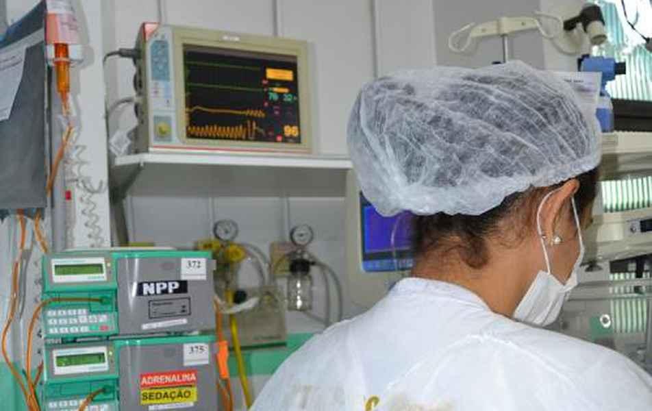 Com 500 mil reais compramos 165 mil equipamentos médico-hospitalares como cateteres e bombas de infusão.