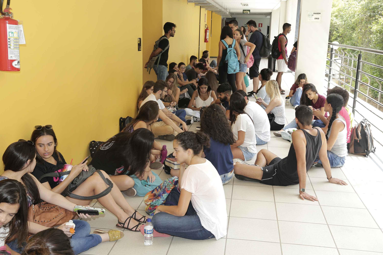 Estudantes da UFMG no CAD1, campus Pampulha