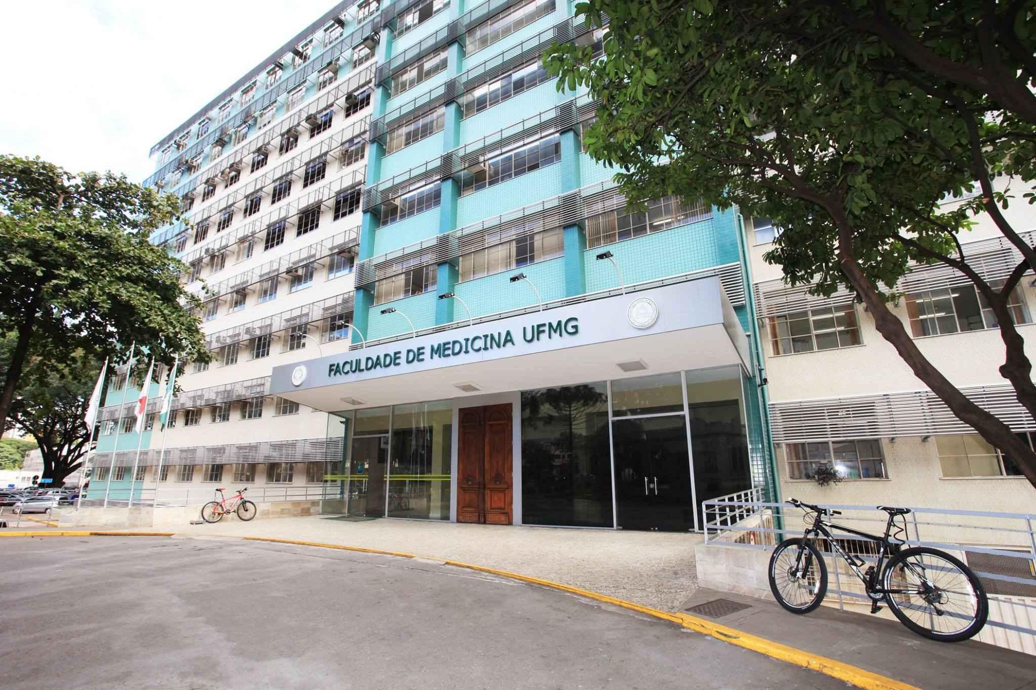 Prédio da Faculdade de Medicina, que abriga parte das atividades acadêmicas da pós-graduação em Patologia