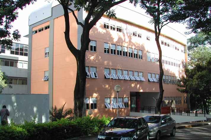 Escola de Enfermagem