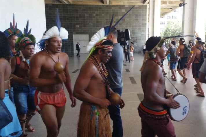 Indígenas participaram nessa segunda-feira (08/04) do lançamento da Frente Parlamentar em Defesa dos Povos Tradicionais