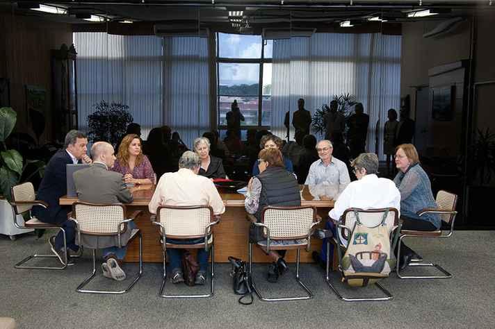 Membros da Comissão da Verdade fora recebidos na Reitoria