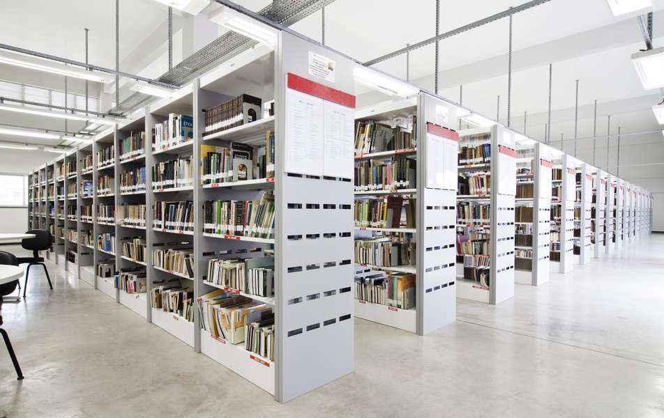 Biblioteca da Face funciona ininterruptamente em quase todos os dias do ano