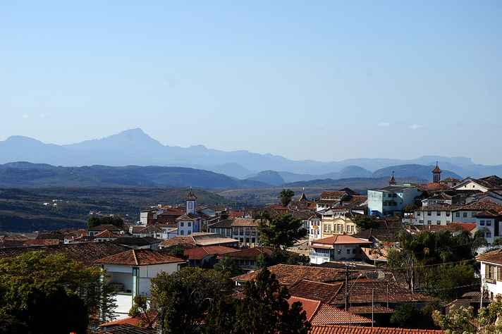 Vista da histórica Diamantina, sede permanente do Seminário de Economia Mineira