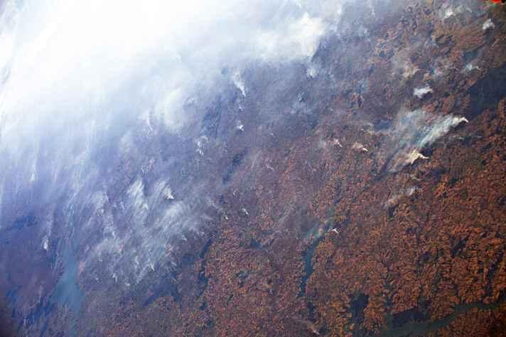 Focos de incêndio na Amazônia vistos do espaço