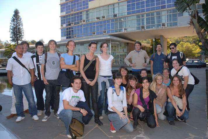 Estudantes estrangeiros ingressam na UFMG a cada semestre