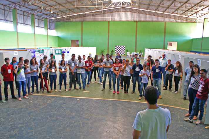 Alunos na edição de 2017 da Feira de Ciências do Norte de Minas Gerais