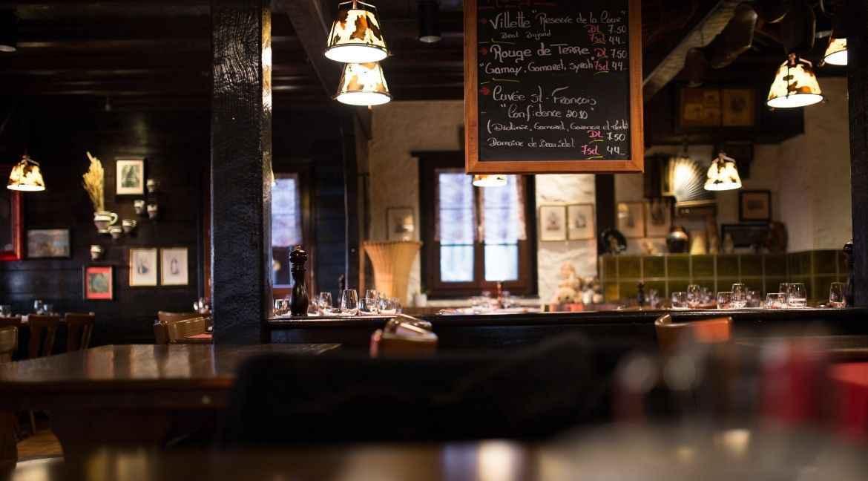 Em BH, lei estabelece que bares, restaurantes e casas noturnas deem suporte a mulheres em risco