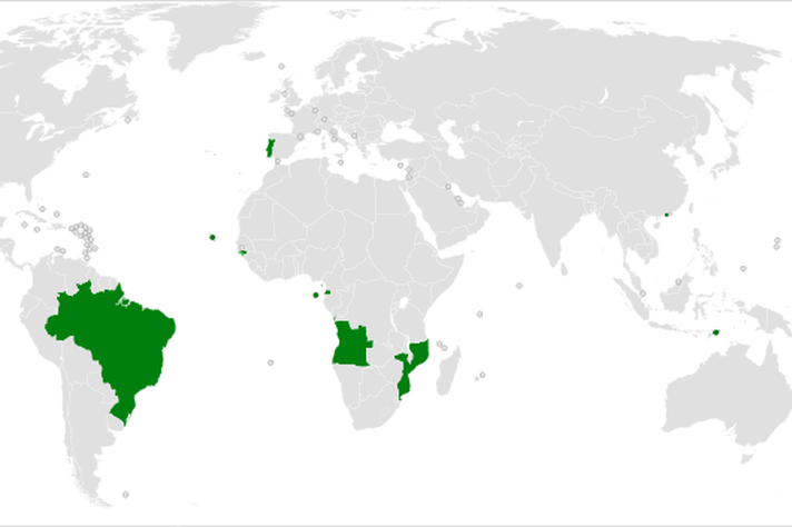 Em verde no mapa-múndi, os países de língua portuguesa