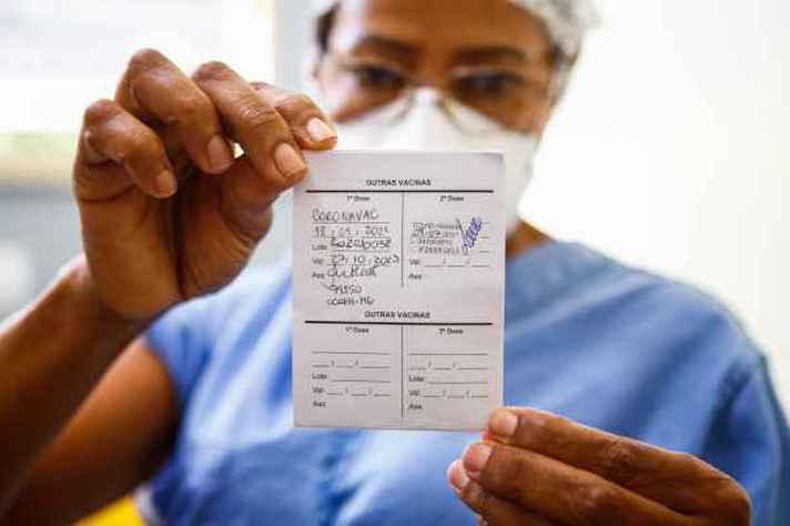 Comprovante de vacinação já está sendo exigido em algumas cidades brasileiras