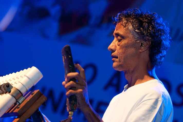 Ex-integrante do grupo Uakti, Paulo Santos abre programação do Pré-festival de Inverno