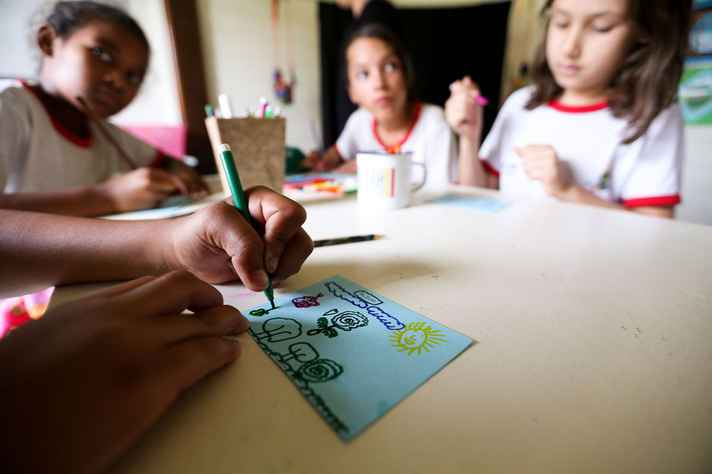 Educação domiciliar divide opiniões