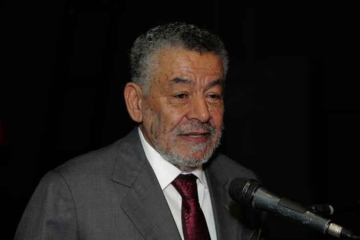 Tomaz Aroldo durante a cerimônia em que foi homenageado com o título de professor emérito, em 2017