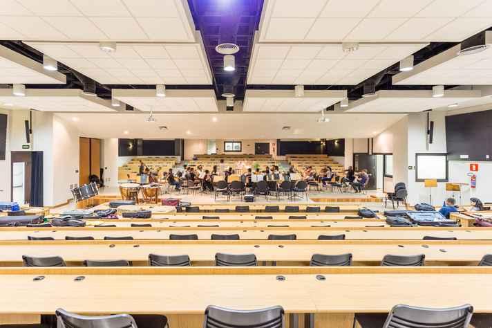 Os auditórios conversíveis atendem a comunidade acadêmica de diversas áreas