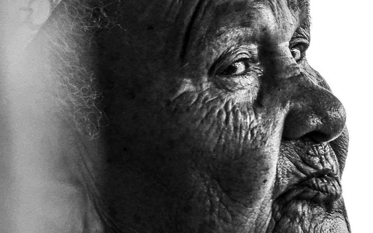 A trajetória de Dona Luruca, de 77 anos, é representativa da realidade dos velhos da região