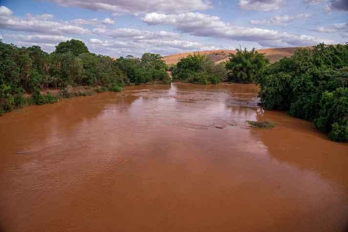Impactos sobre o Rio Doce estão entre os assuntos do seminário
