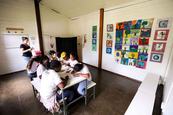 Ensino fundamental é tema da terceira reportagem da série sobre os quatro anos do PNE