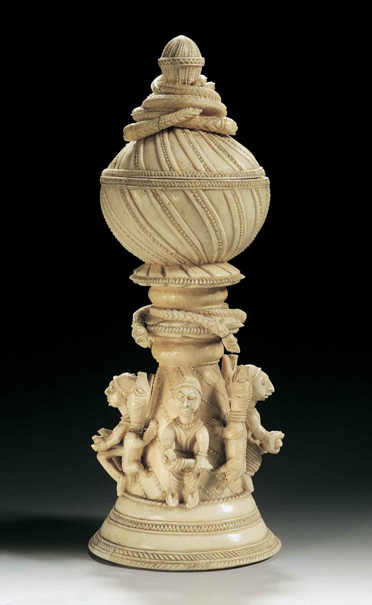 Saleiro em marfim
