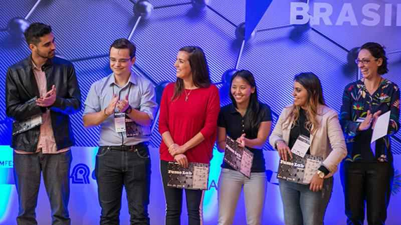 Premiação da última edição do FameLab Brasil, em 2017