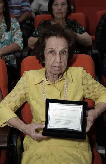 Beatriz Alvarenga: pioneira
