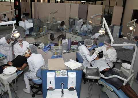 Clínica da Faculdade de Odontologia: implementação de sistema radiográfico digital é uma das propostas aprovadas