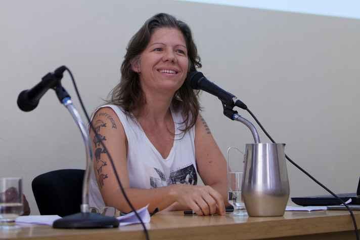 Joana Ziller: redes sociais revelam preconceitos e reforçam estereótipos