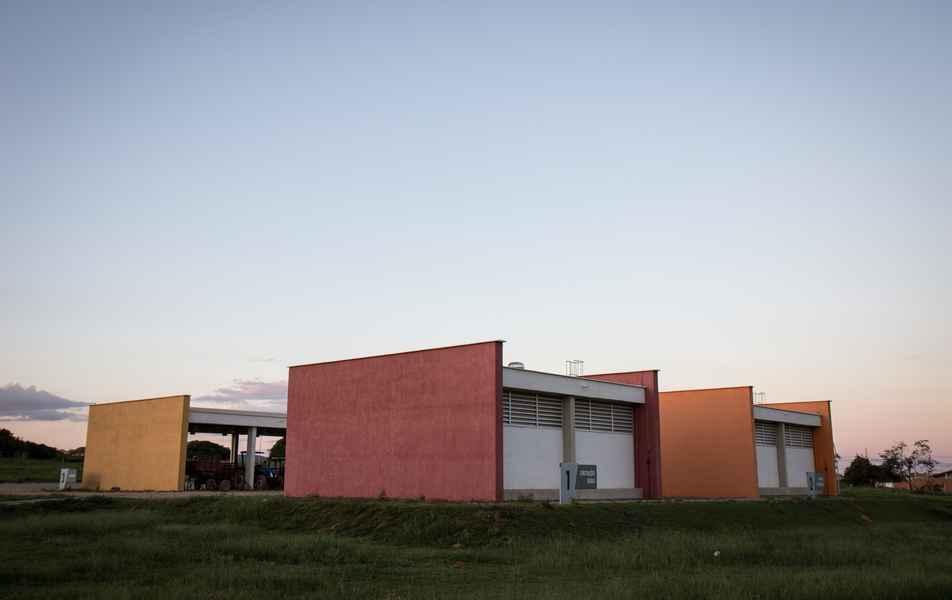 Laboratórios de Construções Rurais e de Mecânica e Mecanização do Instituto de Ciências Agrárias (ICA) do campus Montes Claros
