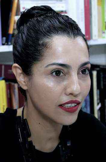 Angélica Adverse: autora de tese que discute o dandismo como arte