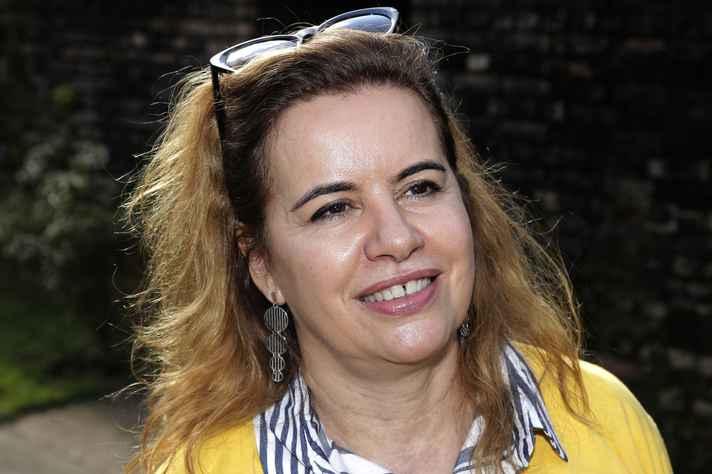 Sandra Goulart Almeida: