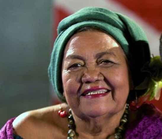 Dona Onete, cantora, compositora e poetisa brasileira