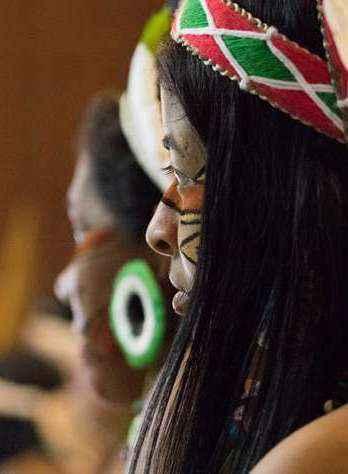 Estudantes indígenas