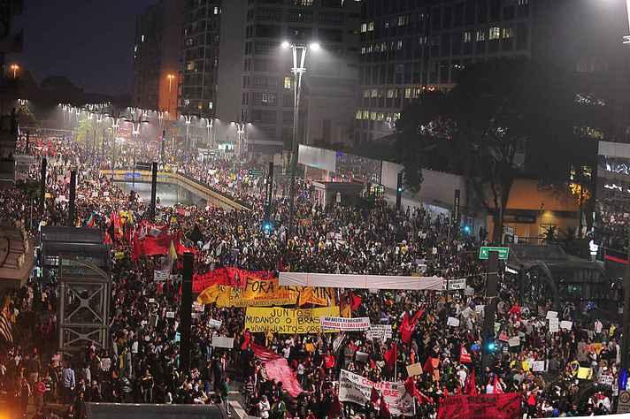 Manifestação em São Paulo, em junho de 2013