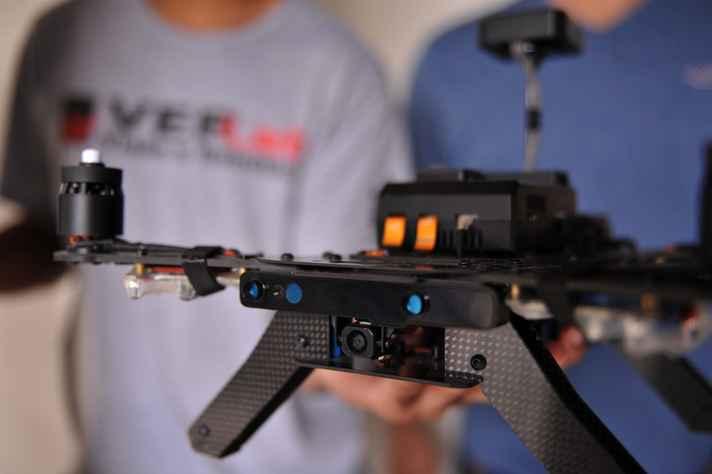 Equipe da UFMG é finalista de liga internacional de drones autônomos