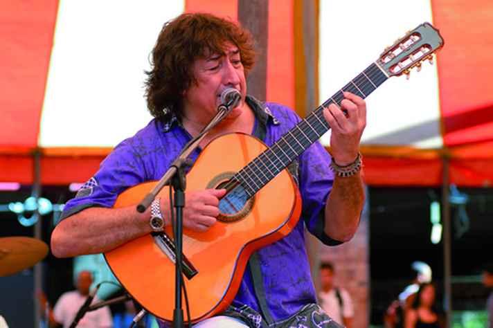 Toninho Horta, um dos violonistas-compositores de Belo Horizonte que motivou pesquisa de doutorado