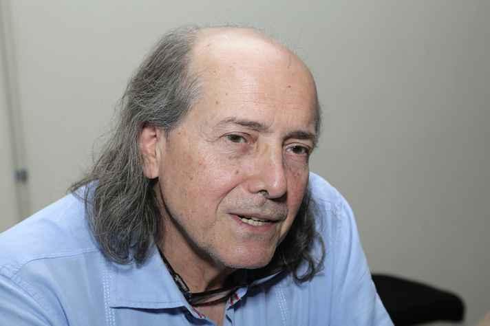 Professor Naomar Almeida Filho