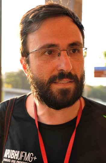 André de Oliveira, professor da UFMG