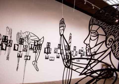 Exposição 'Bonecos', de Cecília Gália Costin, no Centro Cultural UFMG