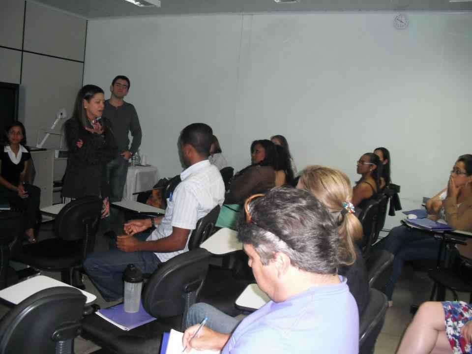 Atividade do projeto Recaj nas escolas, em Nova Serrana, em 2012: mediação de conflitos