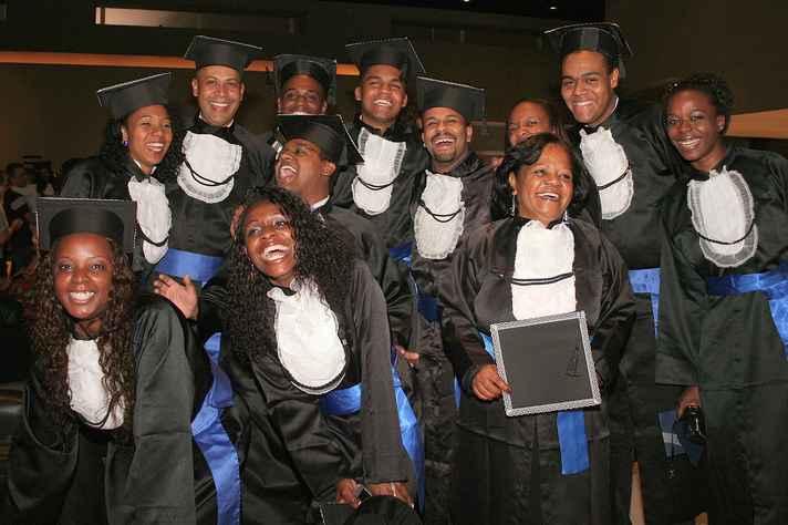 Formandos da Faculdade Zumbi dos Palmares