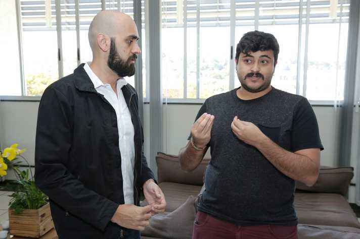 Raphael Ottoni e Gabriel Magno, dois dos pesquisadores do DCC envolvidos no estudo