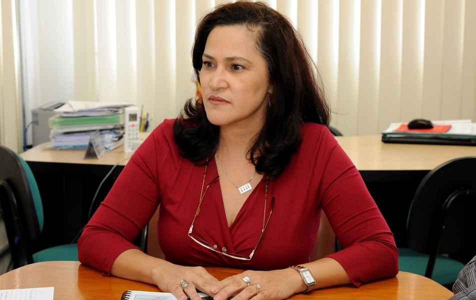 """<p>Fundação Universitária Mendes Pimentel<br>Presidência<br><a href=""""http://somos.ufmg.br/professor/sandra-maria-gualberto-braga-bianchet"""" target=""""_blank"""">Sandra Maria Gualberto Braga Bianchet</a>, professora da Faculdade de Letras</p>"""