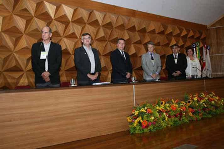 Alexandre Lisboa, Cícero Starling, Jaime Ramírez, Roberto Zilles, Eduardo Soriano e Elizabeth Marques