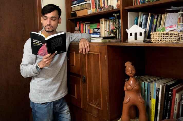 Marcos Mendes: pesquisa evidencia o importante papel da escola na vida dos adolescentes