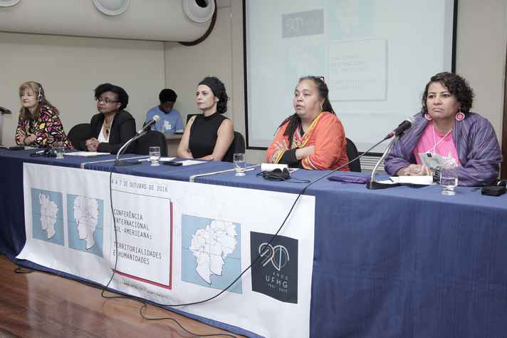 Rosalind Hackett, Nilma Lino Gomes, Cláudia Mayorga, Ochy Curiel e Veronica Santana