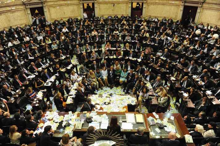 Parlamento da Argentina: 50% de mulheres