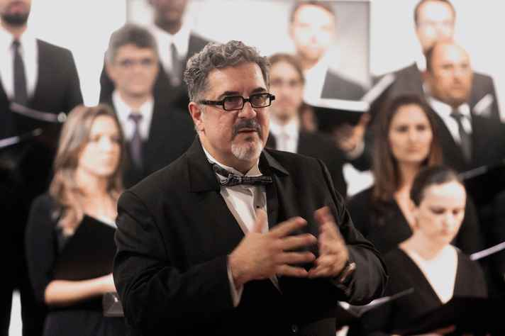Professor e maestro Lincoln Andrade
