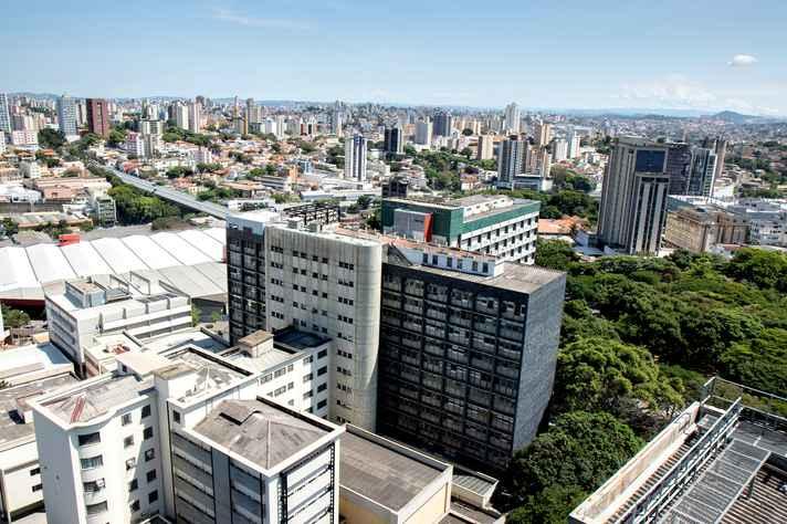Vista aérea do Hospital das Clínicas e Faculdade de Medicina.