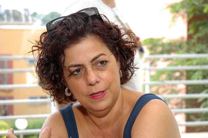 A professora, escritora e ensaísta Lúcia Castelo Branco