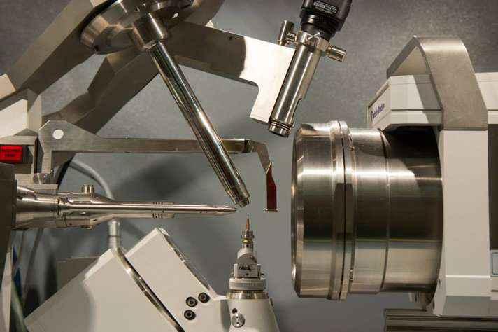 Detalhe de equipamento do Laboratório de Cristalografia, instalado no Departamento de Física